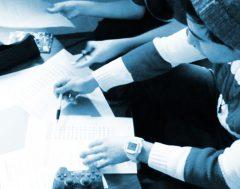 Kriterien entwickeln, Kommentare und Statements verfassen, Reviews vorbereiten